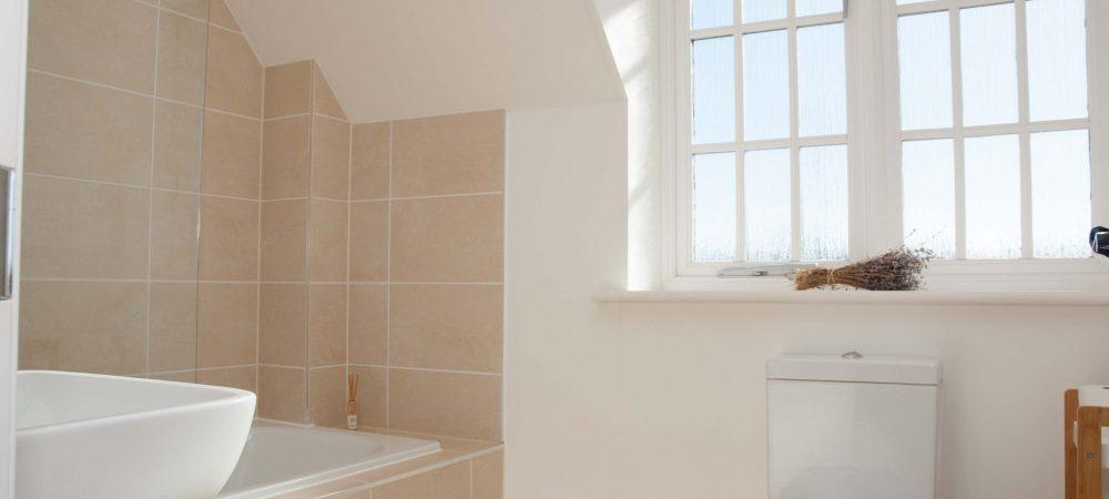 Tolpuddle Cottage Bathroom